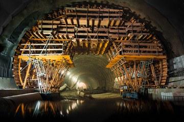La construcción del túnel de carretera más largo de Polonia con el carro de encofrado MK
